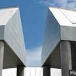 広島市現代美術館のシリーズ [ヒロシマを見つめる3部作]。第2部は、『俯瞰の世界図』展